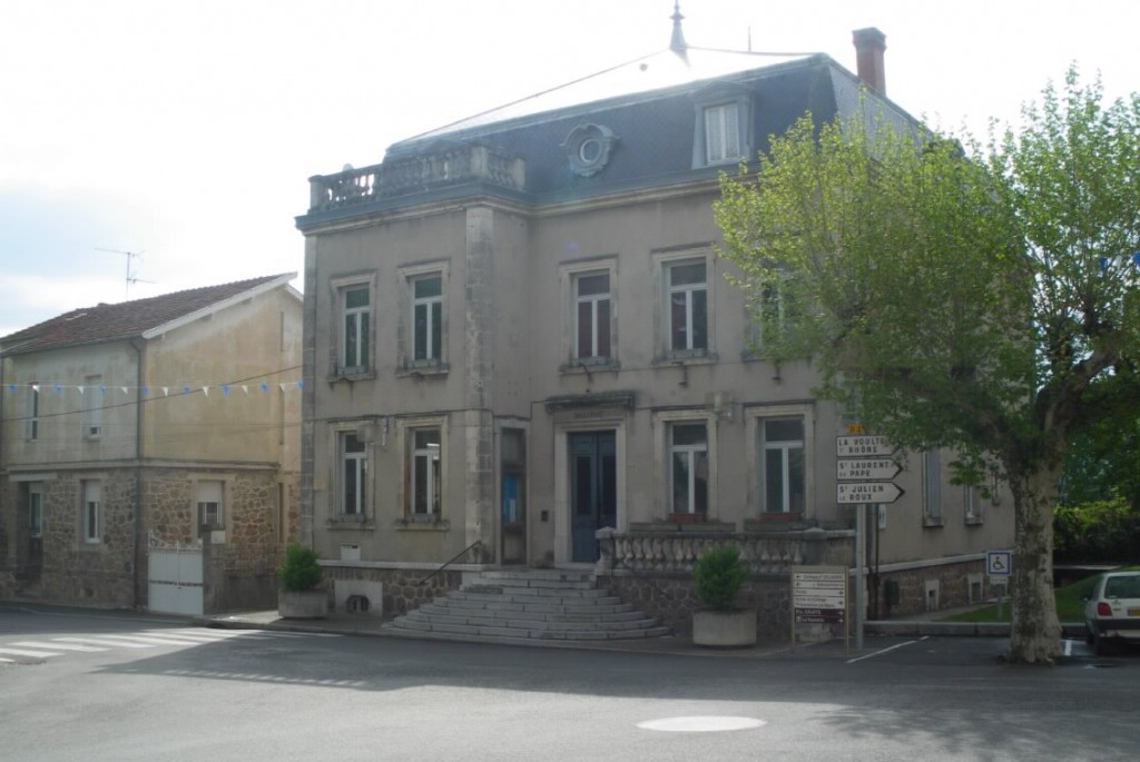 vernoux-en-vivarais-mairie